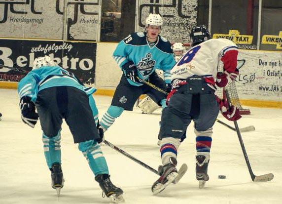 Hockeyturnering på påskecampen